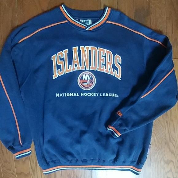 2bb25b56a NY Islanders Hockey Vintage Sweatshirt Mens NHL. M 5b72e43c619745dbf5598caf
